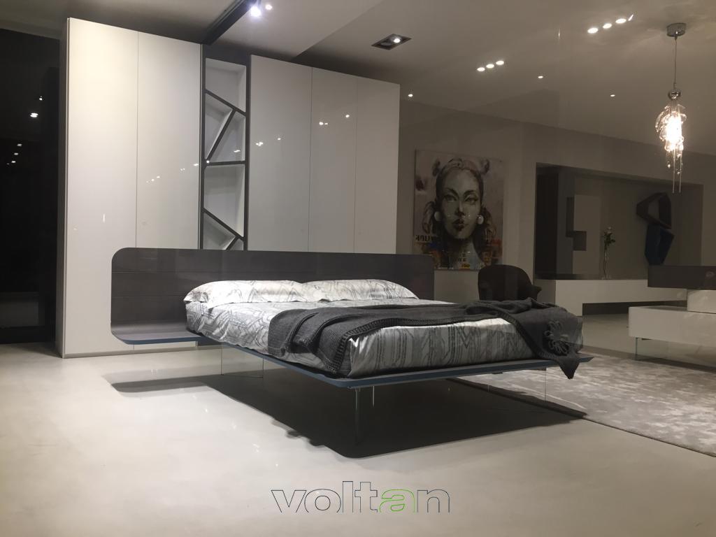 Trittico camera da letto moderno: comò, comodini e settimini
